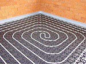 Fußbodenheizung Noppenplattensystem
