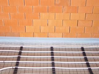 Fußbodenheizung Tackersystem mit Klemmleiste