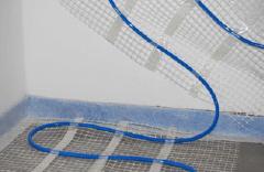 Fußbodenheizung im Dünnbettsystem Verlegung